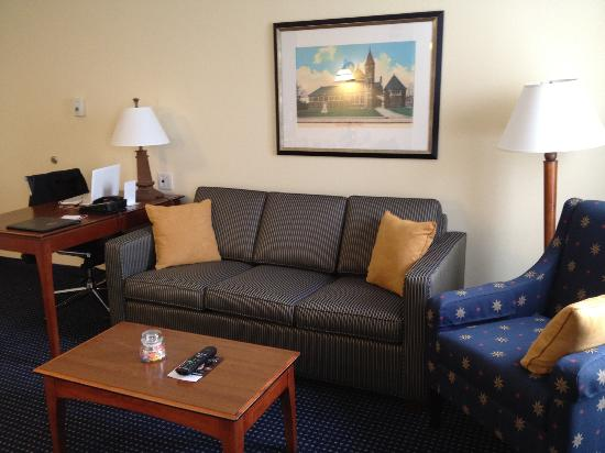 Residence Inn Boston Woburn: Living Room - Office