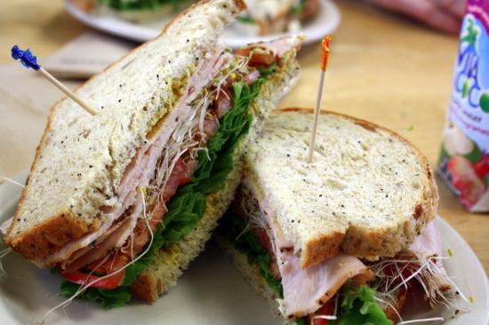Wild Oats Bakery & Cafe: Turkey sandwich on abenaki