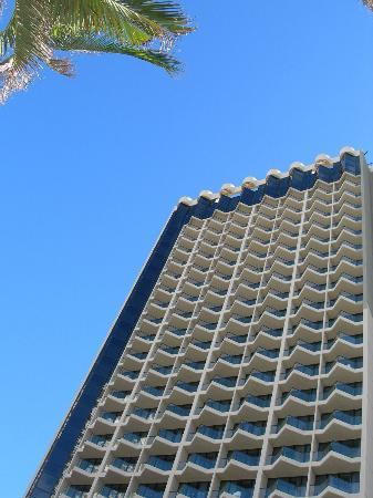 QT Gold Coast: exterior