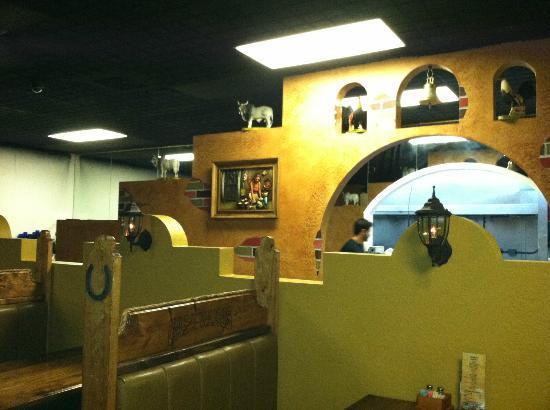 Casa Ramos II: View inside restaurant