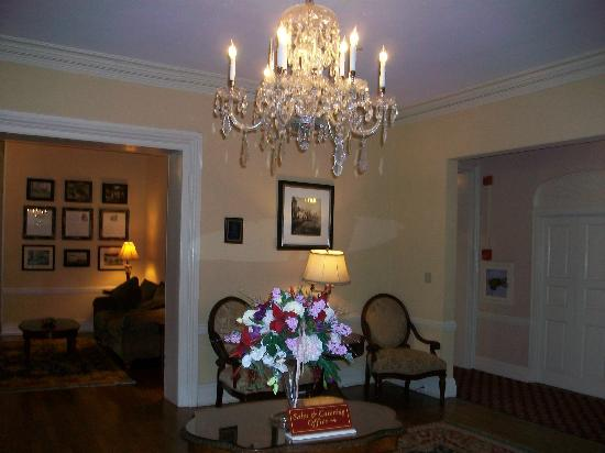 Historic Inns of Annapolis: Lobby area of Maryland Inn