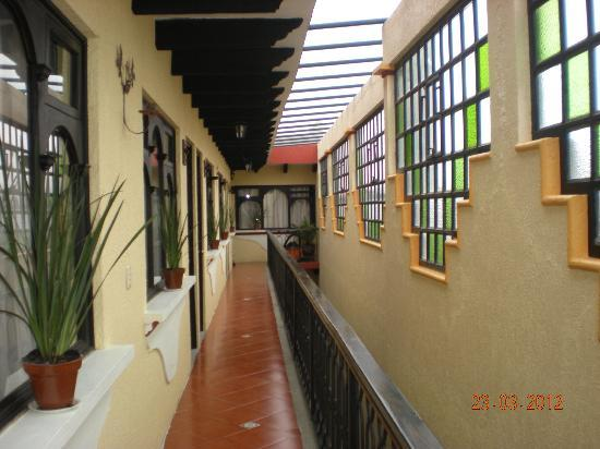 BEST WESTERN La Noria: Inside of hotel