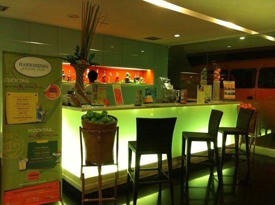 HARRIS Hotel & Residences Riverview Kuta : fruit bar