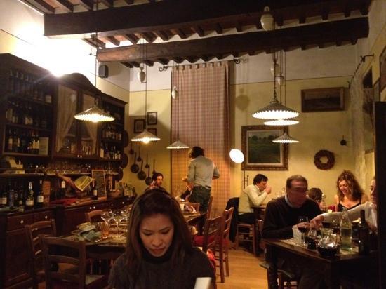 Lillo Tatini: deliziosa saletta ristorante