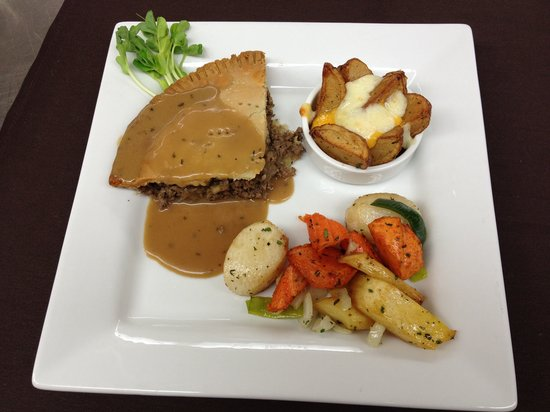 Promenade Cafe and Wine : tourtiere