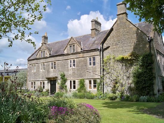 Corston Fields Farm: Corston Fields - a 17th century farmhouse on the outskirts of Bath.