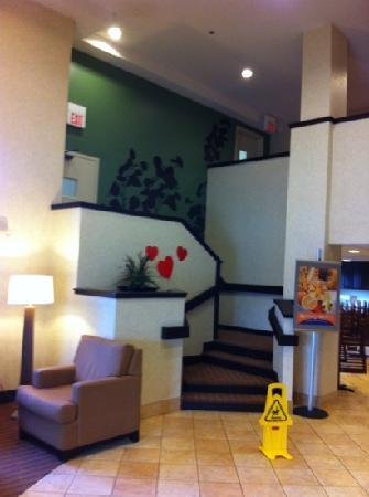 Sleep Inn: lobby stairs