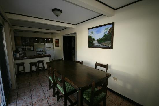 Hotel ManGaby: room 108 dining area