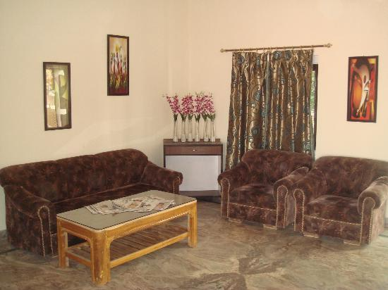 Hotel Ranthambhore Resort : reception sitting area