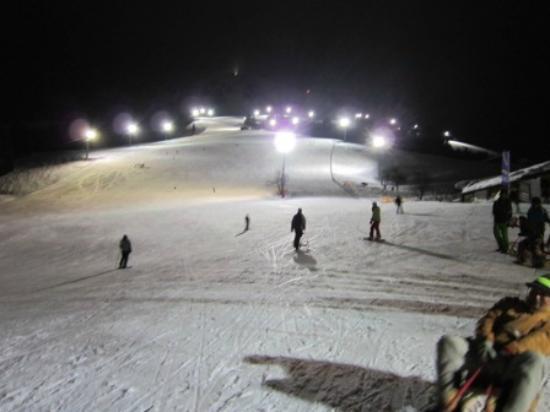 Pension Edinger: Night Skiing.....