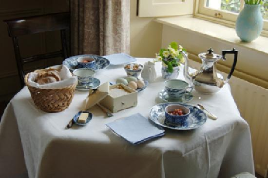Enniskeane, Irlandia: Breakfast at Kilcolman Rectory
