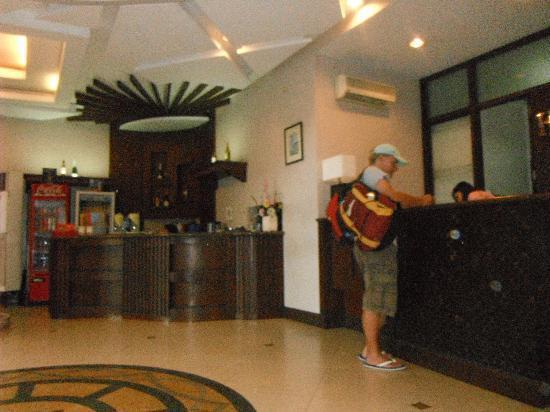 Highway 21 Hotel : Hwy 21 Lobby