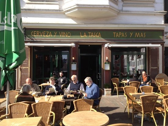 La Tasca: sunny day in march