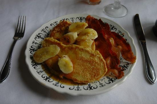Buckhorn Inn: bananas foster french toast