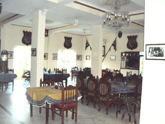 Bharat Mahal Palace: AMIT