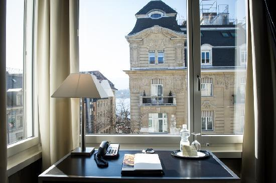 Hotel Opera Zurich : Single superior room view