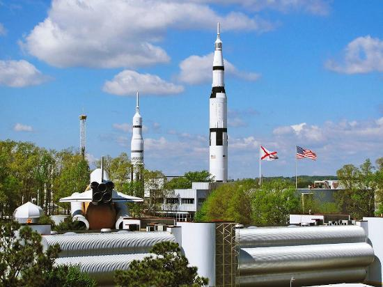 Huntsville Marriott at the Space & Rocket Center: View of US Space & Rocket center from room