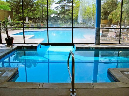indoor pool to outdoor pool picture of huntsville marriott at the rh tripadvisor com