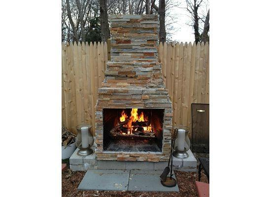‪‪The Platinum Pebble Boutique Inn‬: Outdoor Fireplace‬