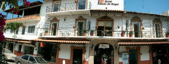 Hotel Posada de Roger: Bonita fachada