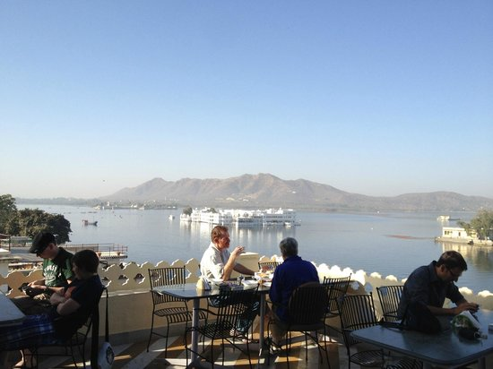 Jaiwana Haveli : View from the roof-top restaurant