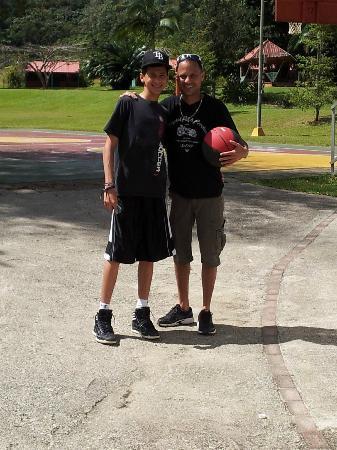 Parador Villas Sotomayor: Cancha Baloncesto
