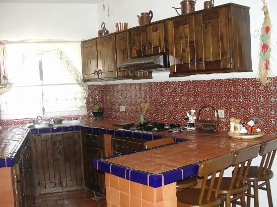 Villas Santo Niño: Full Kitchen