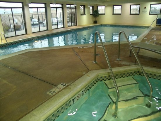 SpringHill Suites Peoria Westlake : Pool & jacuzzi