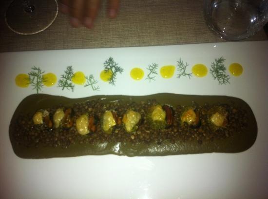 Fratelli Marino Palermo: cozze ripiene di cozze su letto di lenticchie