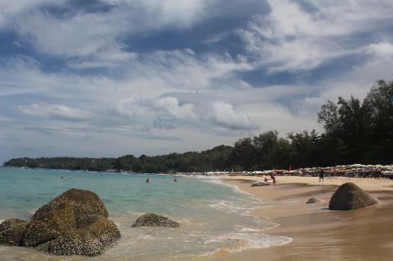 بينيادا لودج: Surin Beach