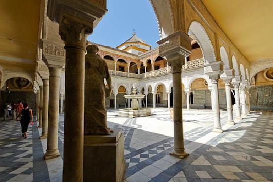 Casa de Pilatos: Casa Pilatos courtyard