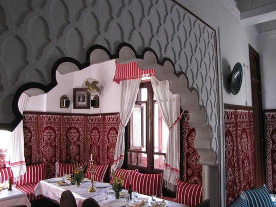 Tangier Tours - Day Tours: Lunch stop at Chez Hammadi