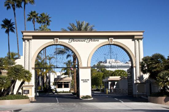 Paramount Pictures Tour Parking