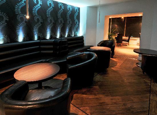 Westberry Hotel: Bar Lounge