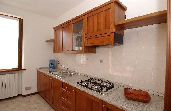 Appartamenti Ronchi: Cucina