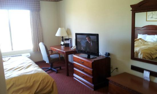 Comfort Suites: In my room