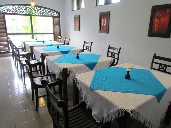 Ridee Villa: Dining Area