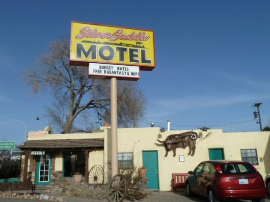 Silver Saddle Motel: Silver Saddle Motel office
