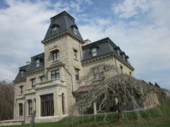 Fair Street Guest House: Chateau de Mer Mansion