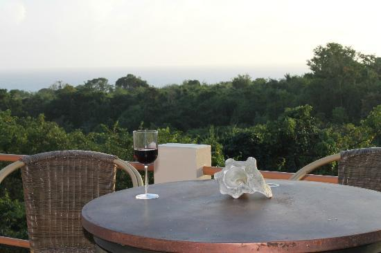 Oreanda : Bar table near pool with late afternoon view