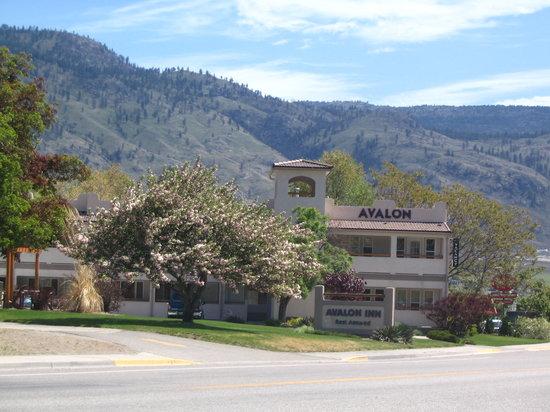 阿瓦隆旅館