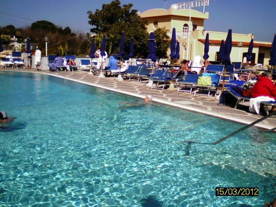 President Hotel Terme: la piscina esterna