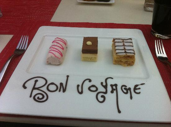The Oberoi, Gurgaon: A special farewell treat from the excellent staff!
