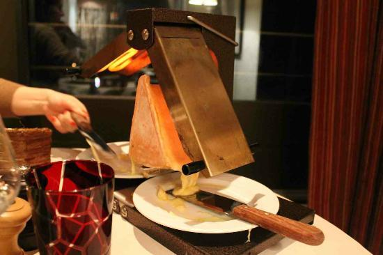 Hotel Le Ski d'Or: grilled cheese