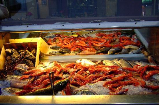 Hotel Al Madarig: Reasonable local cuisine