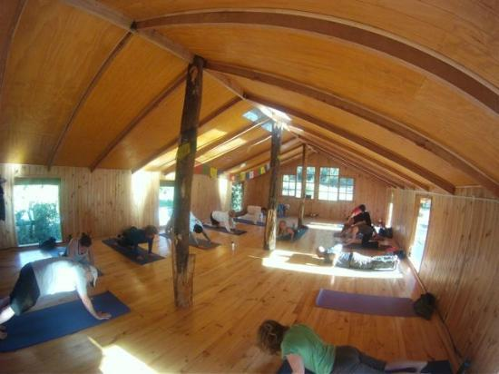 Futaleufu River Bio Bio Expeditions Camp: Indoor yoga space