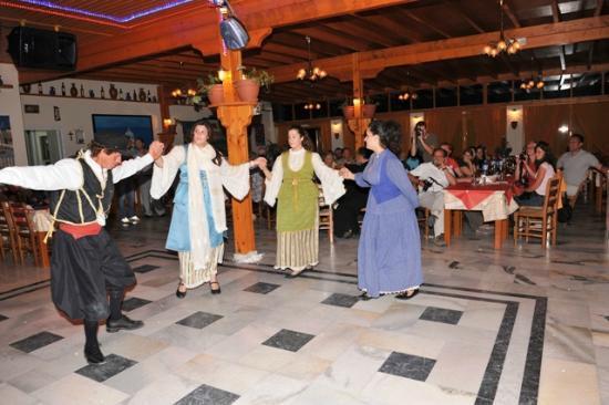 Dimitris Restaurant: 4