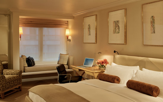 Deluxe King Room at Taj Campton Place