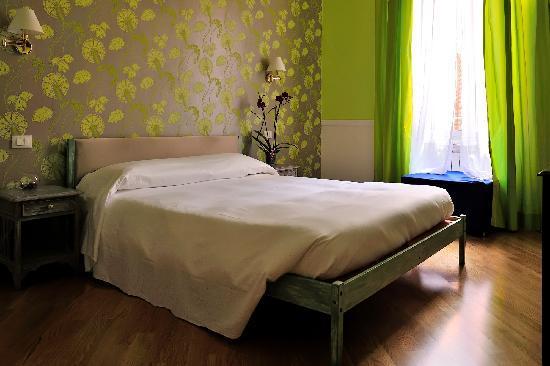Gli Artisti Bed & Breakfast: piu spazihttps://media-cdn.tripadvisor.com/media/photo-s/01/a5/09/03/gli-artistiosa e accoglinte