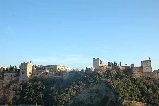 Las-Tres-Terrazas: Vista de la Alhambra desde la terraza